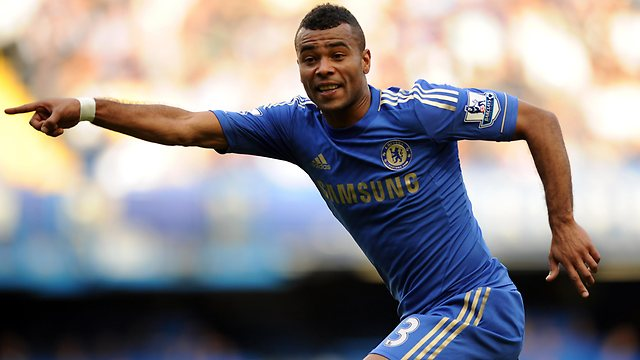 Ashley Cole pourrait rejoindre le PSG