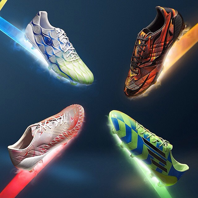 @adidasfr dévoile sa gamme #Crazylight ! #predator #f50 #11pro #Nitrocharge