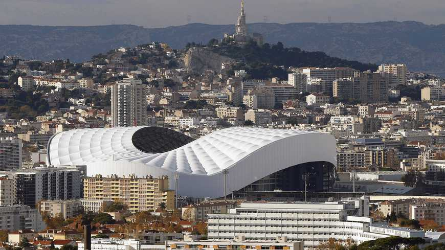 epa05064701 UEFA EURO 2016 STADIUMSPicture taken on 26 November 2015 of a general view of Stade Velodrome in Marseille, southern France. With a capacity of 67,394 seats, the Stade Velodrome is the home ground of French Ligue 1 soccer club Olympique Marseille and will be one of the venues of the UEFA EURO 2016 soccer championship.  EPA/GUILLAUME HORCAJUELO (MaxPPP TagID: epalive938717.jpg) [Photo via MaxPPP]