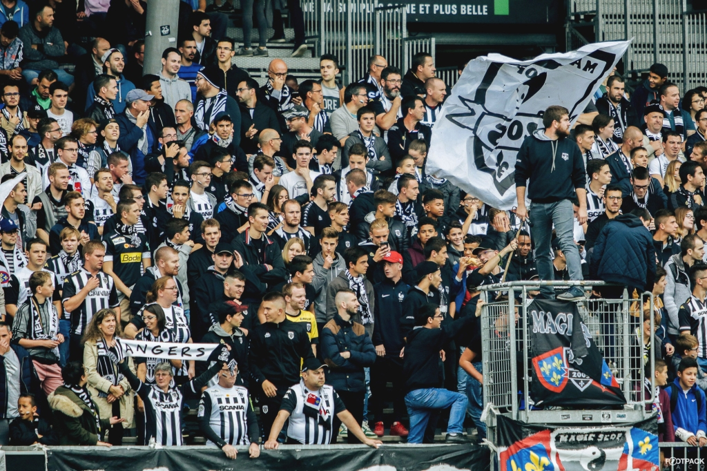 supporters-angers-sco